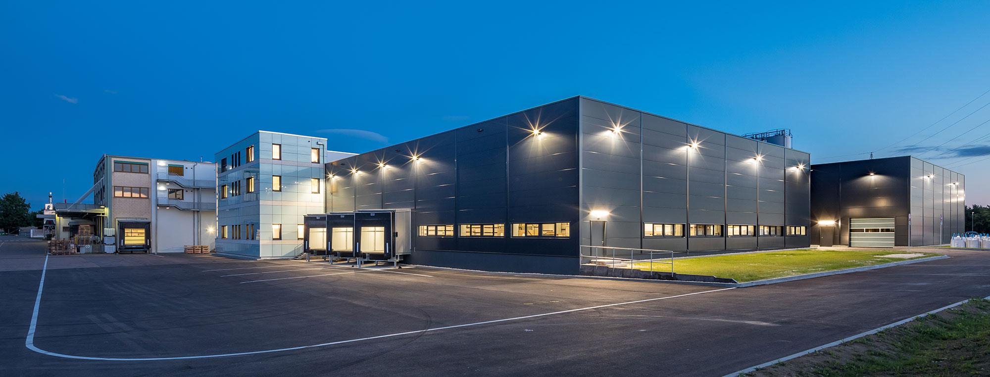 Schlüsselfertige Betriebserweiterung der Firma Verotec GmbH in Lauingen.