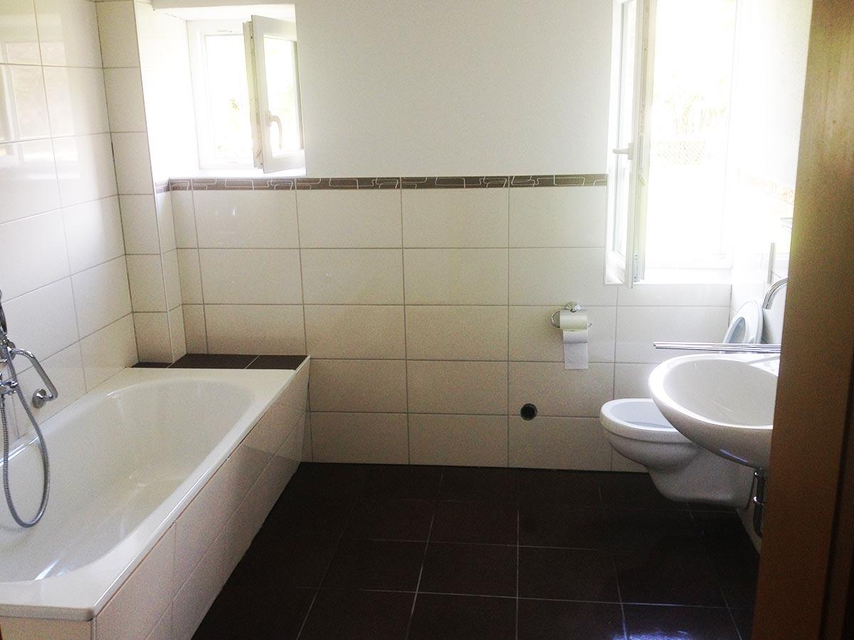 Badezimmer nach der Sanierung durch den bendl