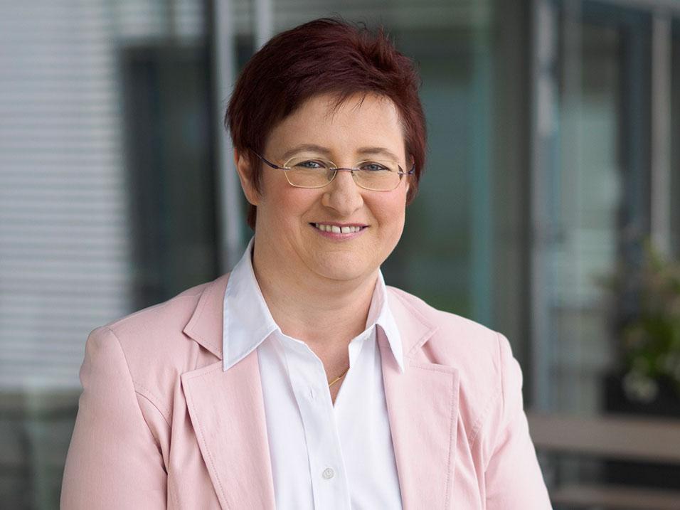 Annette Kusche vom Bauunternehmen bendl aus Günzburg