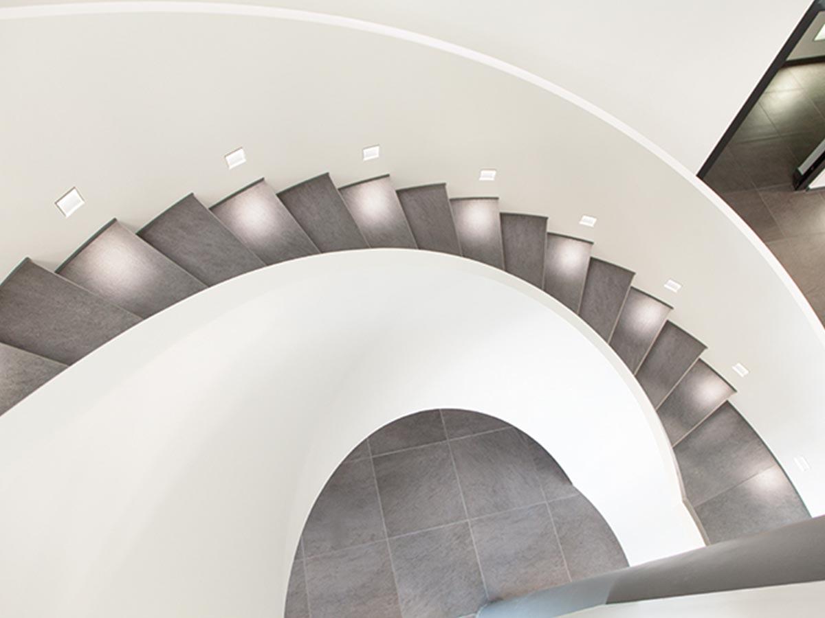 Treppenaufgang bei der Firma Kögl GmbH in Bubesheim