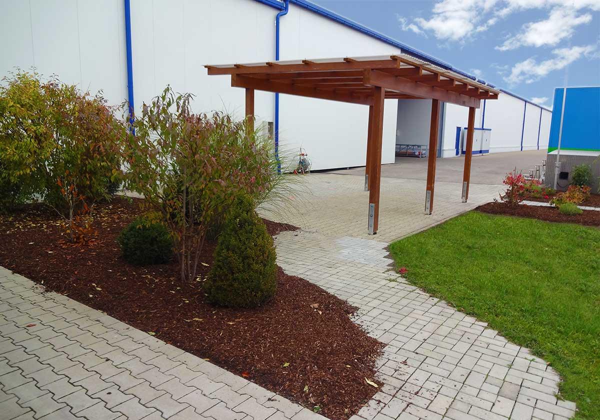 Ansprechende Außenanlagen zum Kinderspielplatz durch bendl Außenanlagen