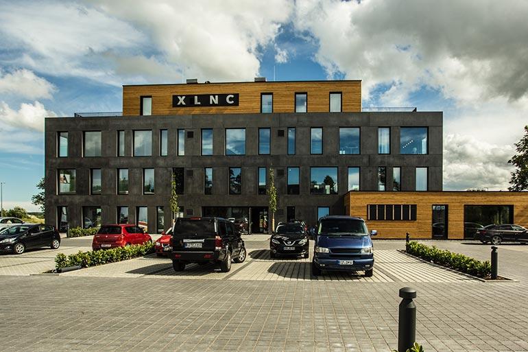 Geschäftshaus XLNC Aussenansicht