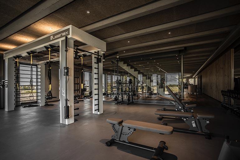 Geschäftshaus XLNC Fitnessstudio