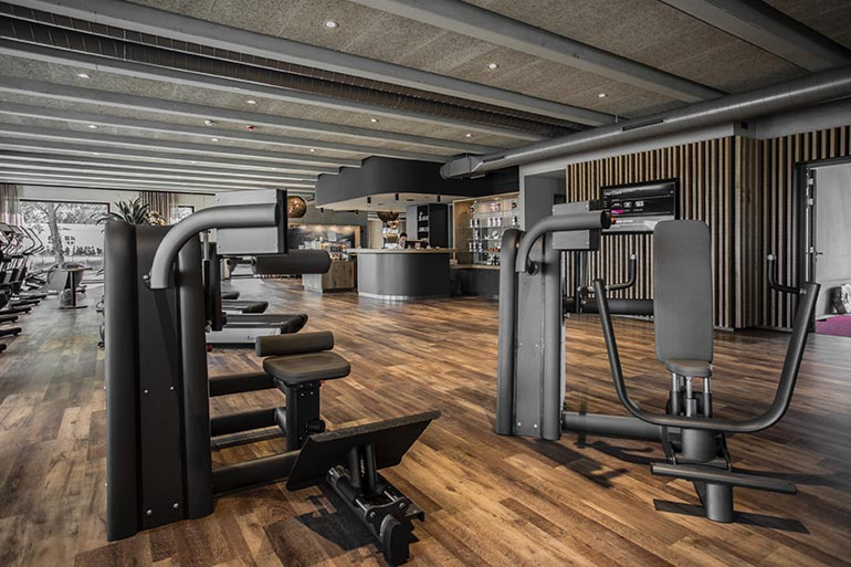 Geschäftshaus XLNC Sportstudio