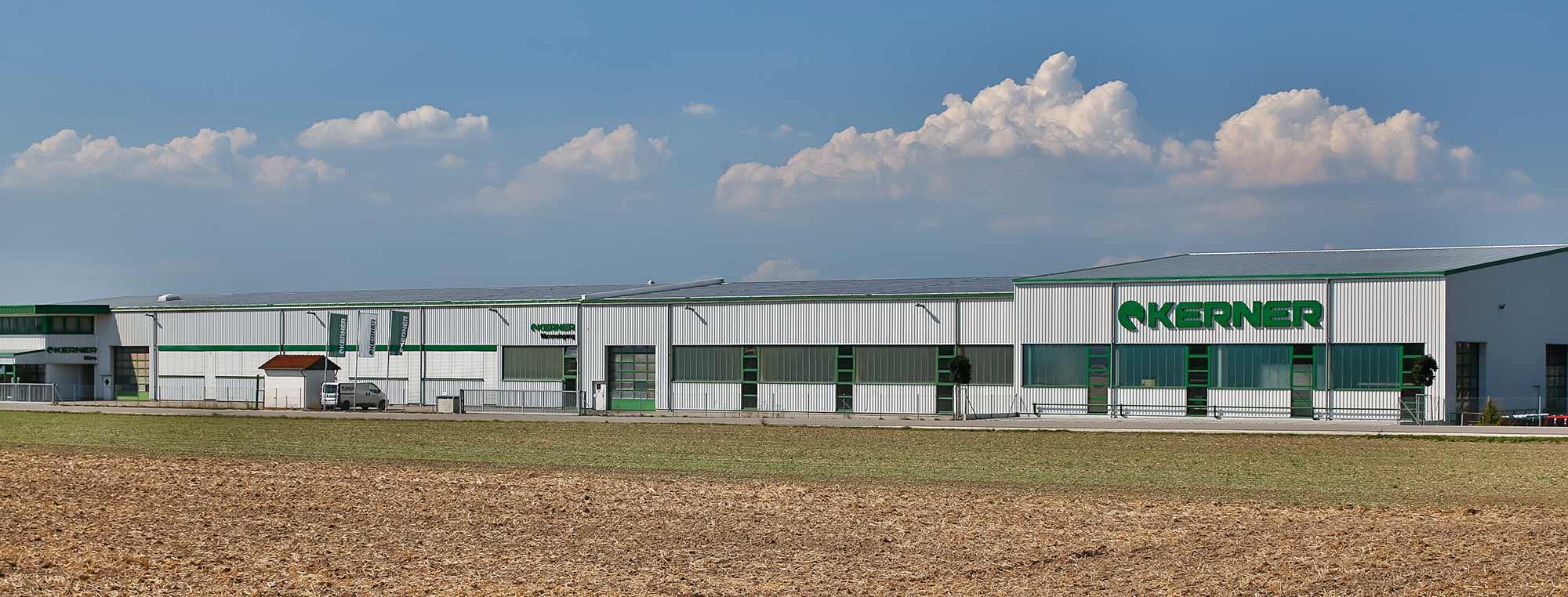 Montagehalle der Kerner Maschinenbau GmbH in Aislingen vom Bauunternehmen bendl