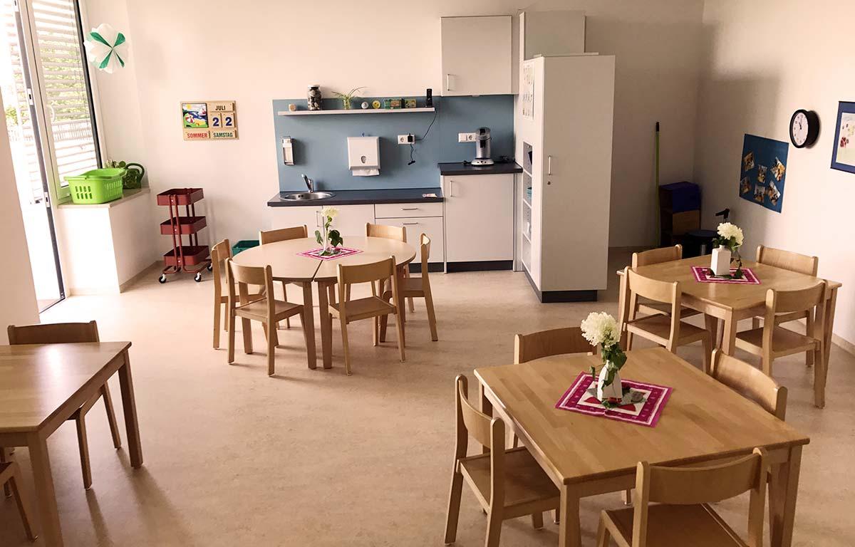 Freundlich gestaltete Räume für die Kinder im Kinderhaus