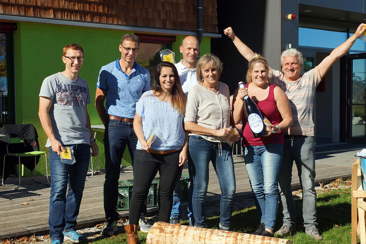 Das Siegerteam der Hütten-Olympiade 2017 vom Bauunternehmen bendl in Nesselwang