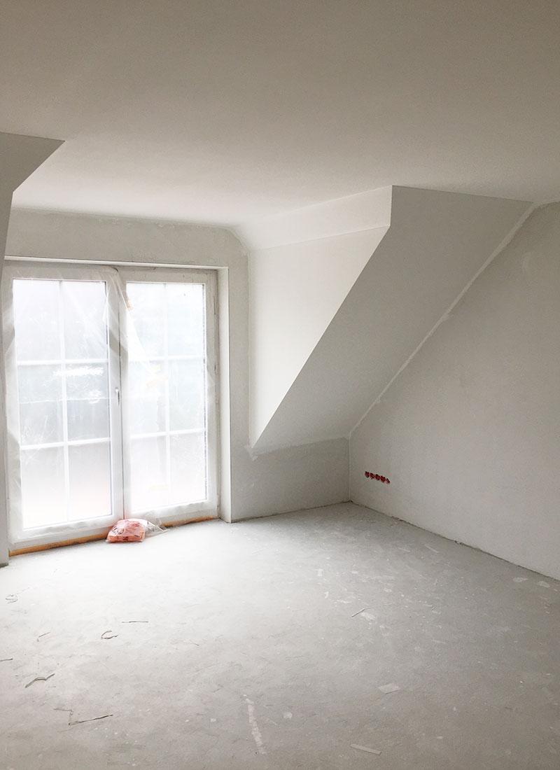 Es entstanden nach den Renovierungsarbeiten lichtdurchflutete Wohnräume im Erdgeschoss sowie im 1. Stock
