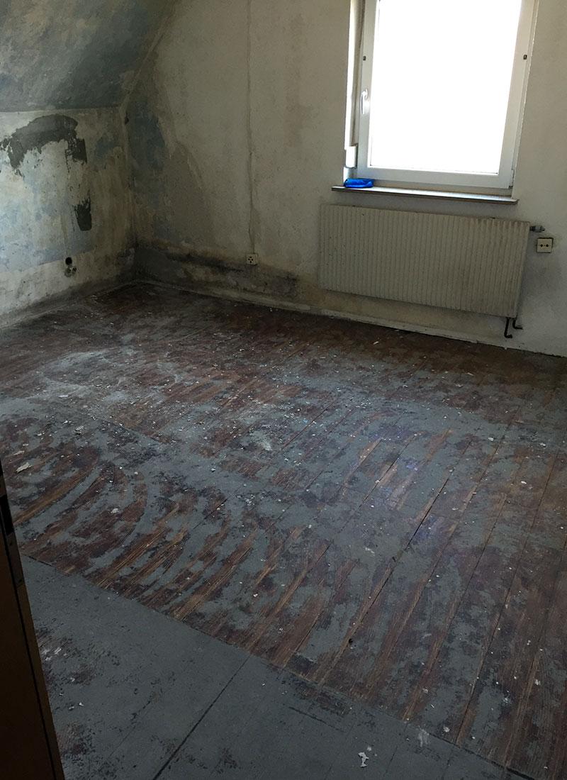 Das Schlafzimmer vor der Renovierung