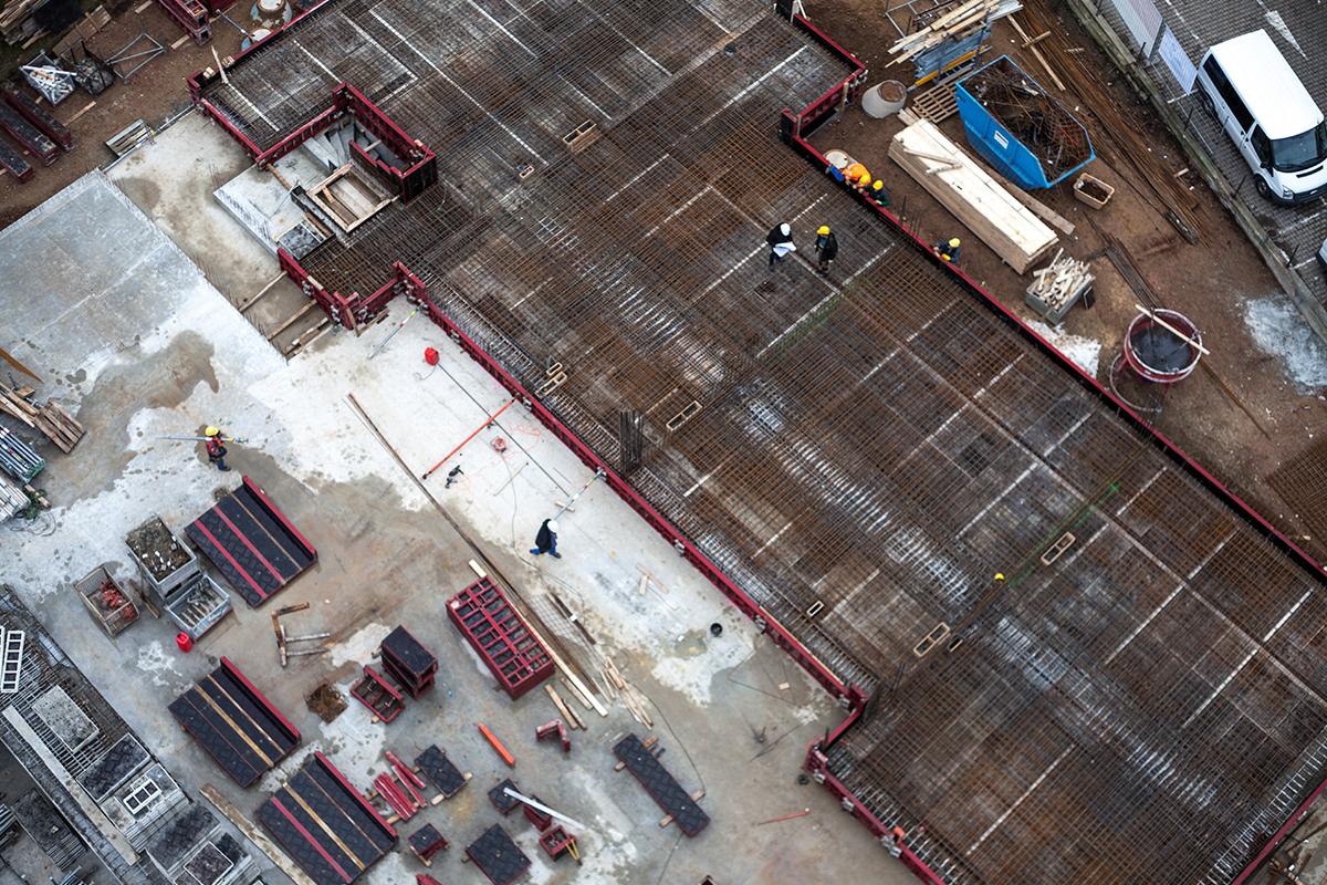 Der Ausblick von oben auf dei GuntiaPark-Baustelle