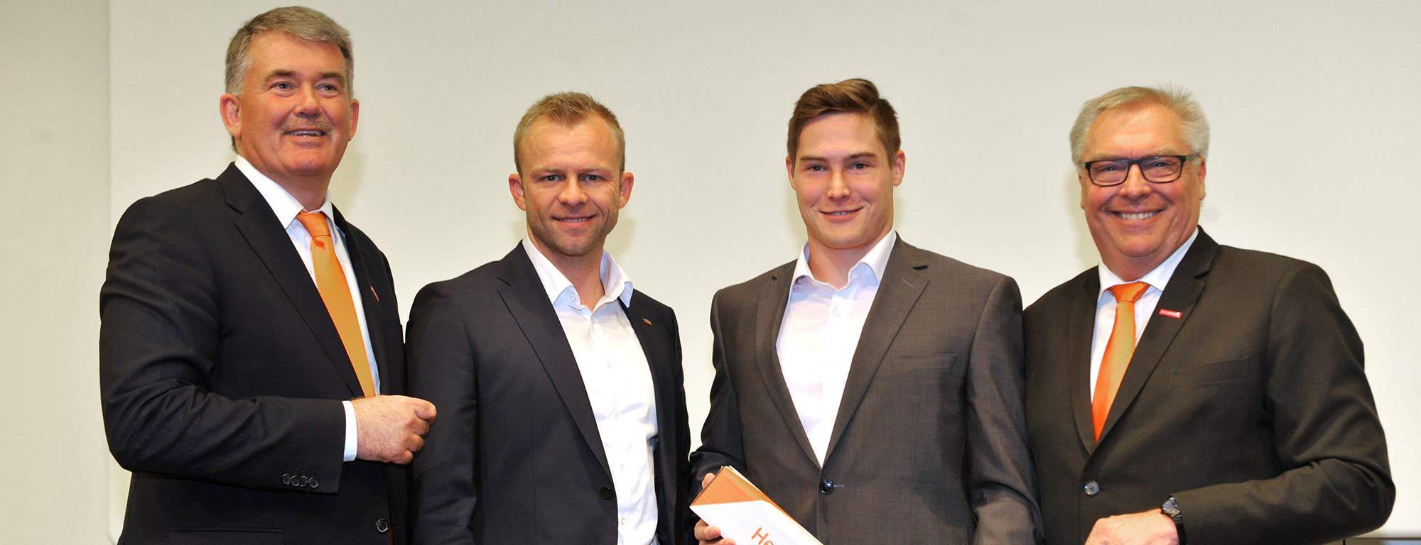 Philipp Schmid vom Bauunternehmen bendl ist Kammersieger Schwaben als Beton- und Stahlbetonbauer