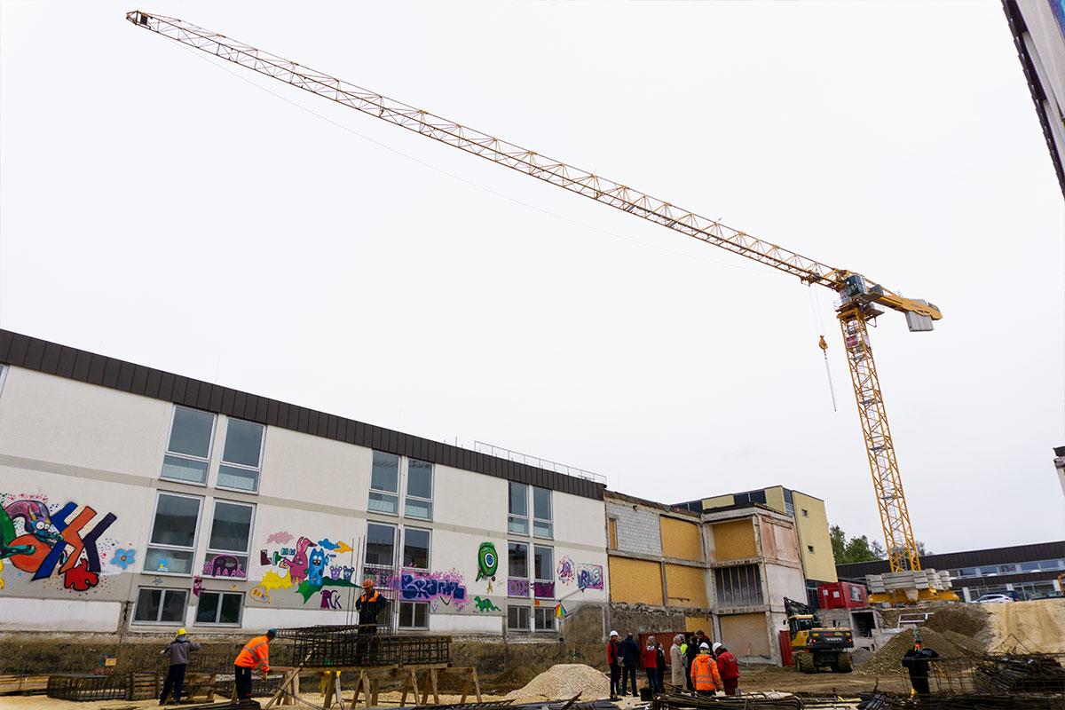 Die neue Pausenhalle des Dossenberger Gymnasiums wird 850 qm Nutzfläche haben.
