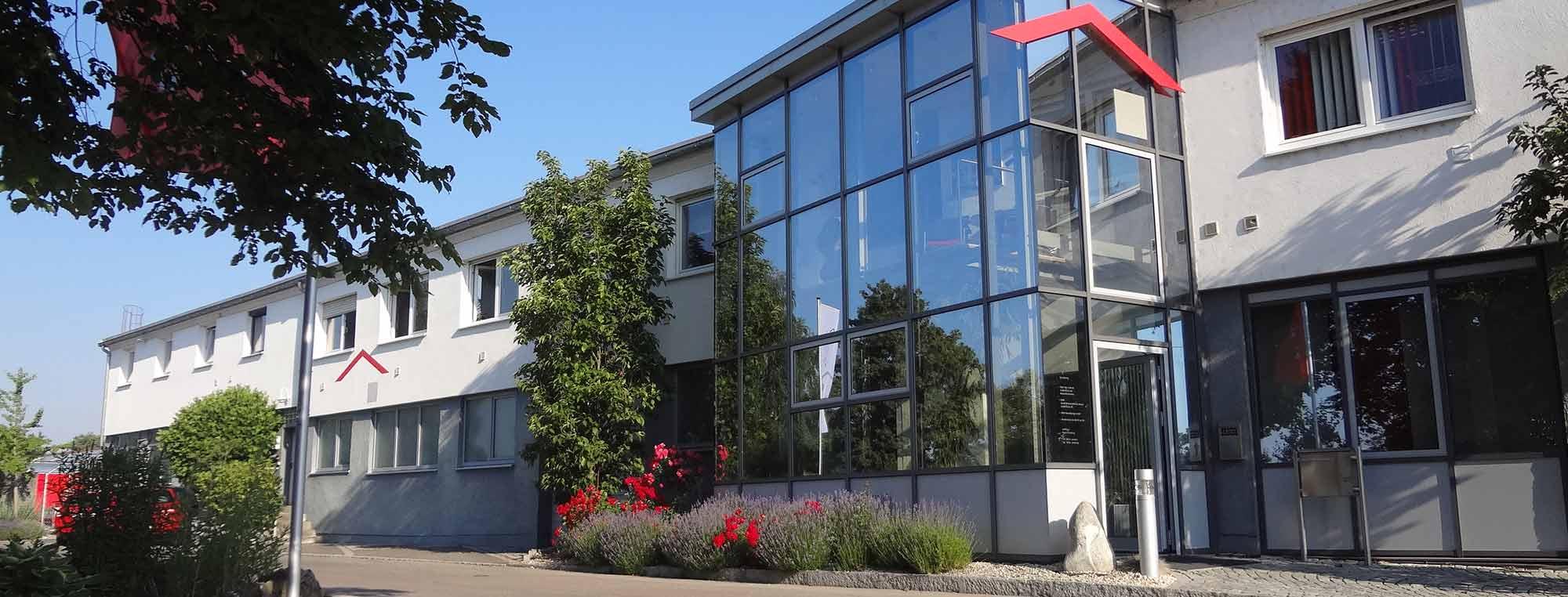 Das Bauunternehmen bendl in Günzburg. Für Sie im Einsatz in Ulm, Augsburg, Krumbach und Heidenheim. Schlüsselfertigbau, Hochbau/Rohbau, Tiefbau, Außenanlagen, Renovierung und Sanierung.