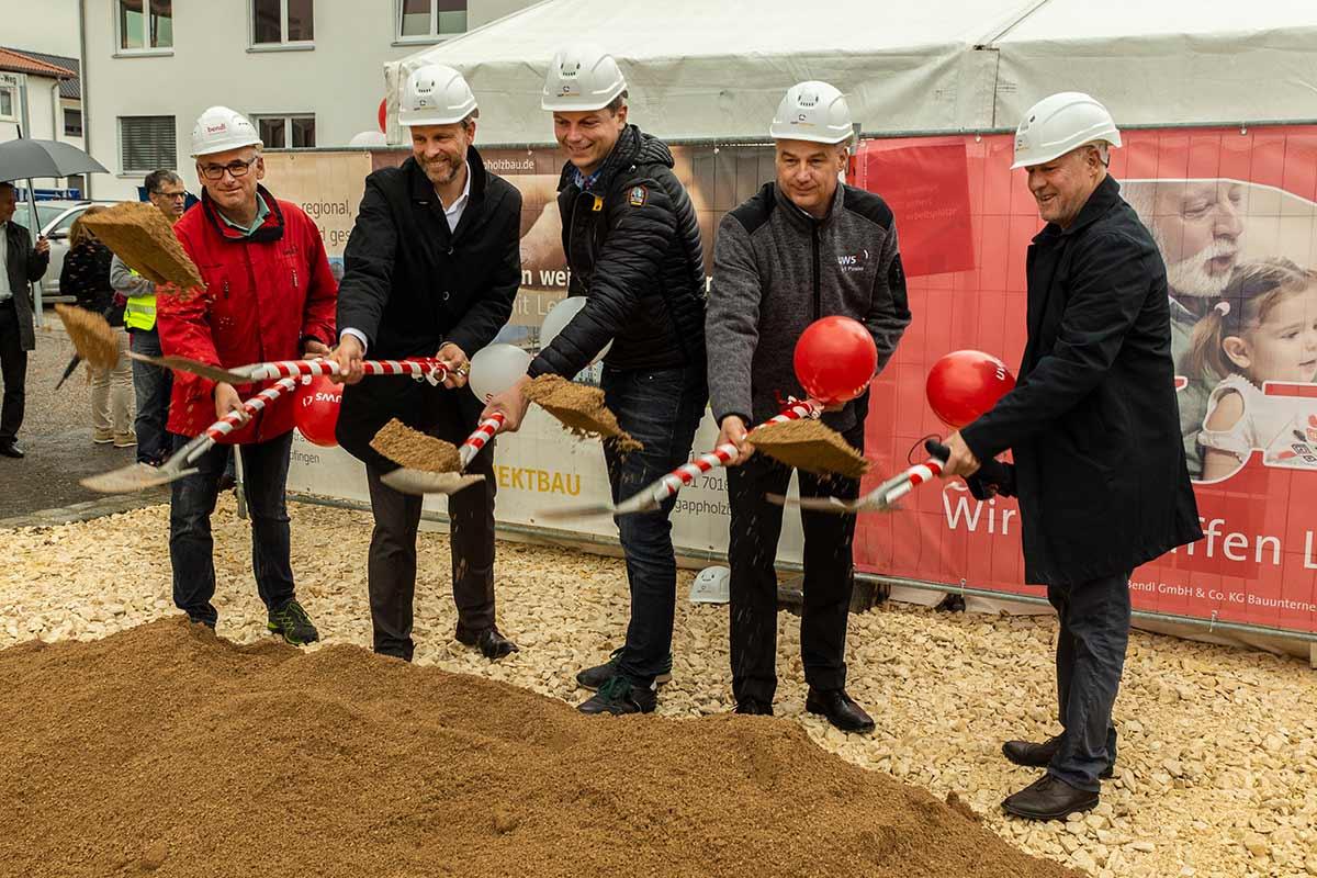 Große Freude bei den Bauherren für das 6 Mio. EUR Wohnbauprojekt in Ulm Böfingen.