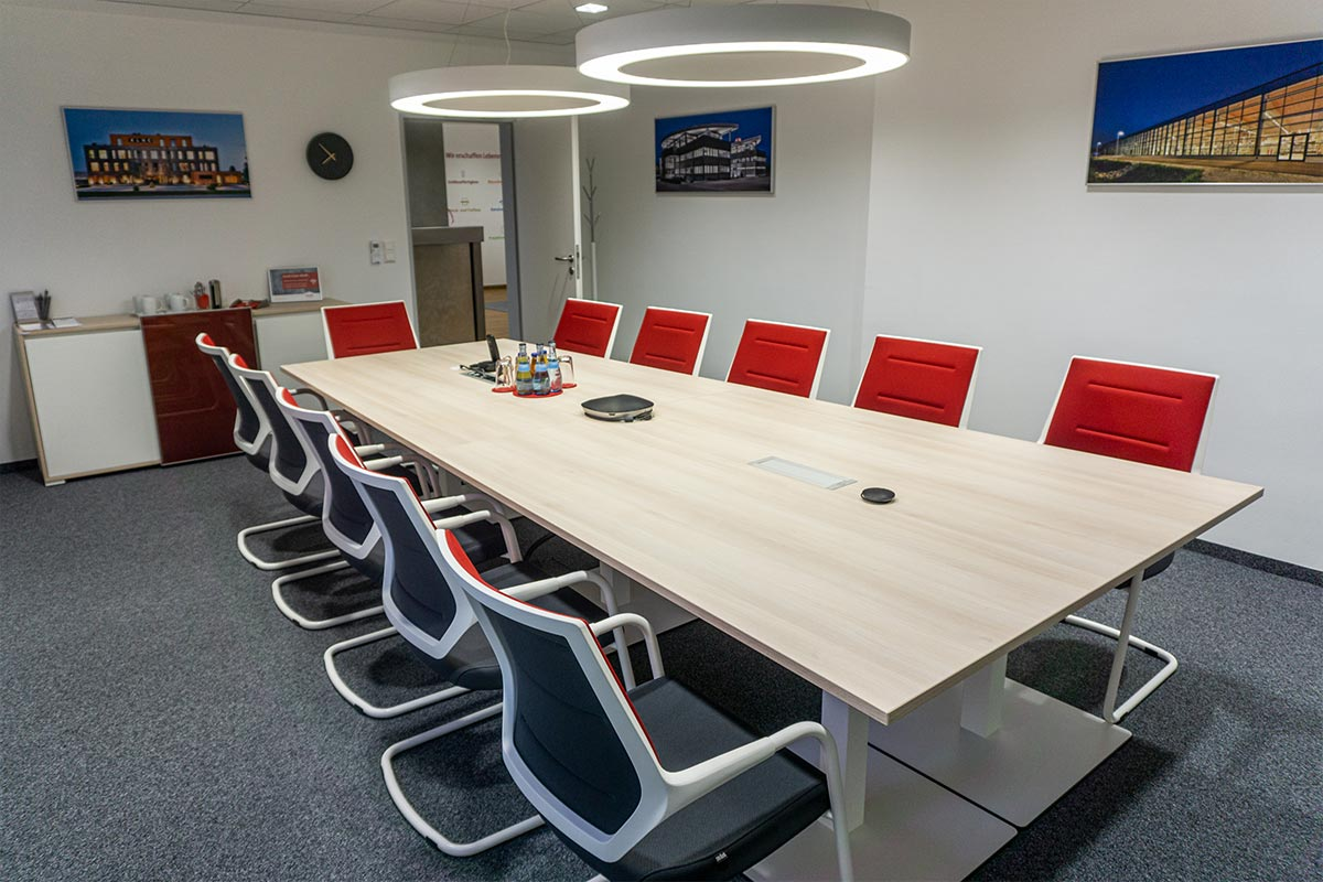 Unser neues Besprechungszimmer im 1. Obergeschoss. Bauunternehmen bendl Günzburg.