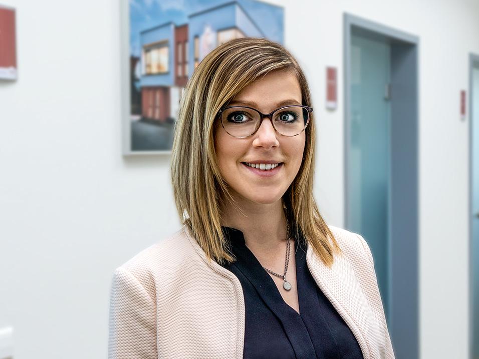 Claudia Spiller Assistentin der Geschäftsführung beim Bauunternehmen bendl in Günzburg
