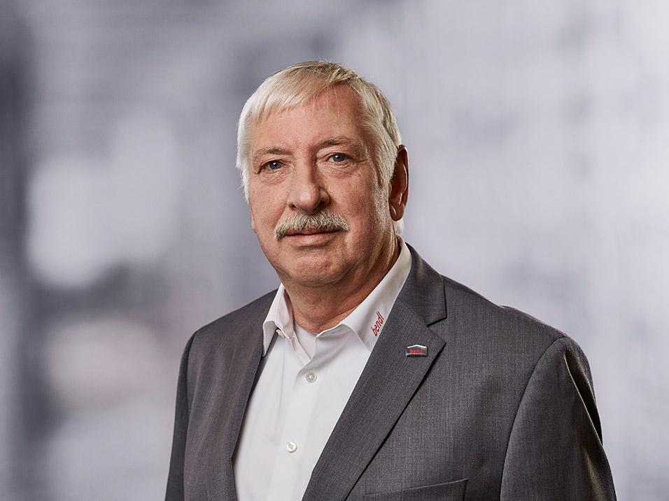 Reinhard Braßler vom Bauunternehmen bendl in Günzburg